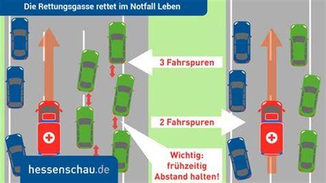 Rettungsgasse Neue Regel by Platz F 252 R Einsatzfahrzeuge Verkehrsproblem Rettungsgasse