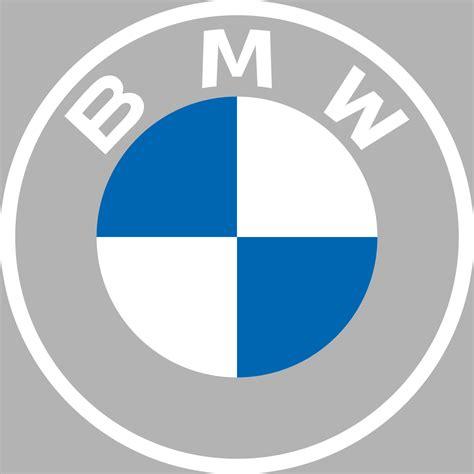 É um fabricante de renome mundial de carros, quadriciclos, motocicletas e motores, ocupando uma posição de liderança na indústria. File:BMW logo (white + grey background square).svg ...