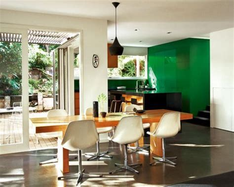 emerald green kitchen emerald green 3 ways to use color of the year in the 3561