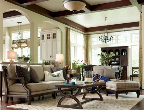 Updated Cottage style Living room with Fret Back Sofa