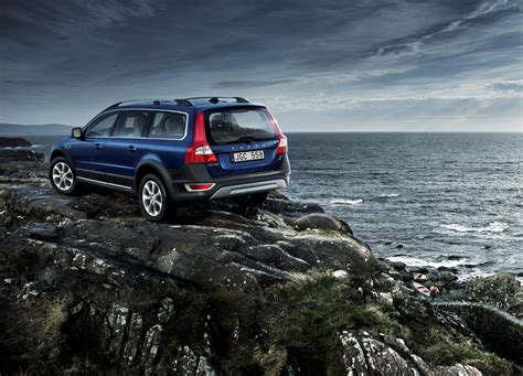volvo cars introduces special edition  celebrate