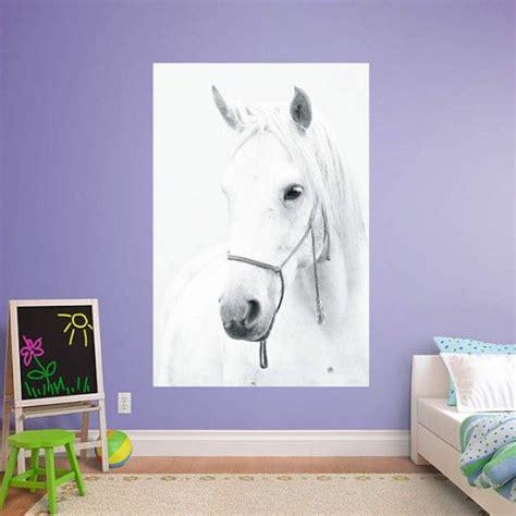 ideen schlafzimmer pferde wandtattoo wei 223 es pferd kinderzimmer