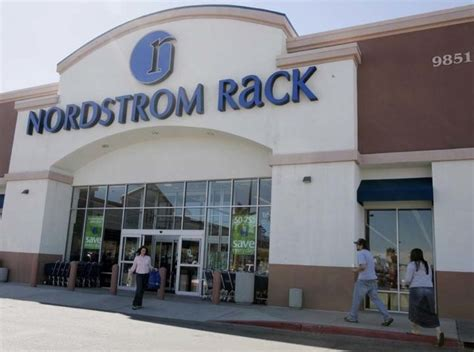 nordstrom rack galleria nordstrom inc plans 36 000 square foot nordstrom rack at