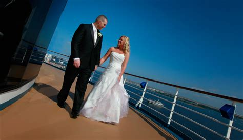 Cruise ship wedding packages