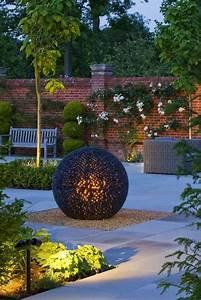 Sculpture De Jardin Contemporaine : modern sculpture to give a breath of life to your contemporary garden my desired home ~ Carolinahurricanesstore.com Idées de Décoration