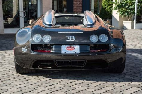 The development of the bugatti veyron was one of the greatest technological challenges ever known in the automotive industry. Bespoke Bugatti Veyron Vitesse Le Diamant Noir For Sale - GTspirit