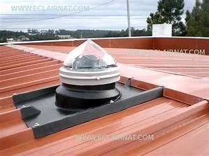 Conduit de lumière sur une toiture en bac acier Conduits de lumière ECLAIR'NAT