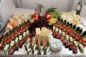 Kalte Platten Richtig Legen : k seplatte cheese weddingfood pinterest k se fingerfood und fingerfood party ~ Frokenaadalensverden.com Haus und Dekorationen