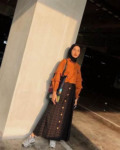 Hijab Gaya Outfits Muslim Alam Rok Casual