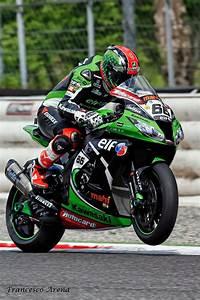 Racing Caf U00e8  Tom Sykes World Superbike Champion 2013
