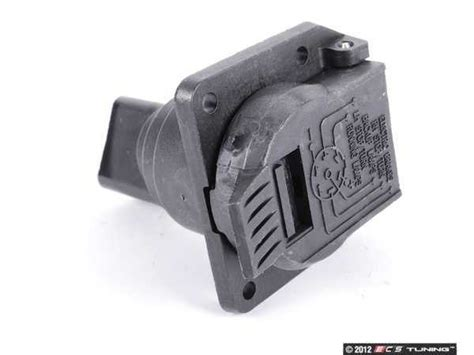 Genuine Mercedes Benz Trailer Hitch Plug Socket