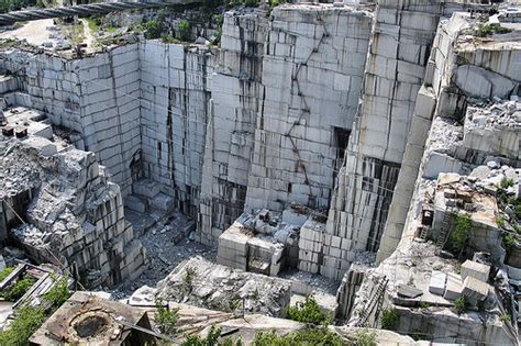 granite quarry at barre vt rock of ages quarry by