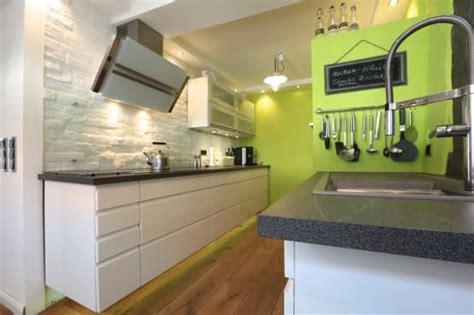 11 Schöne Ideen, Deine Wand In Der Küche Zu Dekorieren