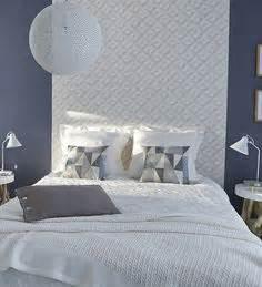 tapisserie originale chambre 1000 idées sur le thème papier peint chambre adulte sur