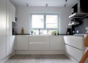 Küchenschränke Einzeln Hochglanz : ikea griffe holz interessante ideen f r die gestaltung eines raumes in ihrem hause ~ Indierocktalk.com Haus und Dekorationen