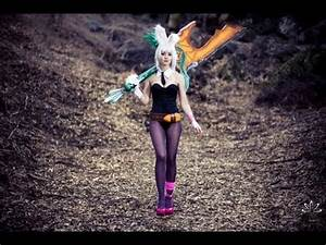 Amazing Battle Bunny Riven League Cosplay BTS Photoshoot ...