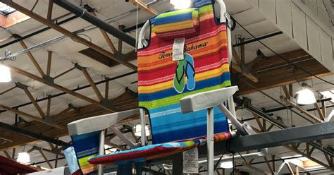 tommy bahama backpack beach chairs    costco