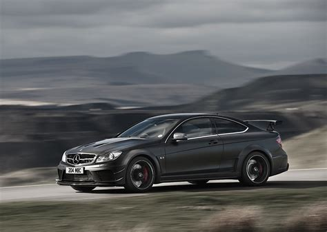 A small lip on the trunk lid was added to improve. MERCEDES BENZ C 63 AMG Coupe Black Series (C204) specs ...
