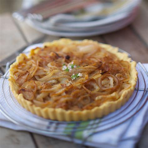 cuisine plus fr recettes tarte à l 39 oignon facile et pas cher recette sur cuisine