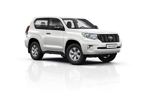 Toyota Land Cruiser by Facelifted 2018 Toyota Land Cruiser Yours From 163 32 795 In
