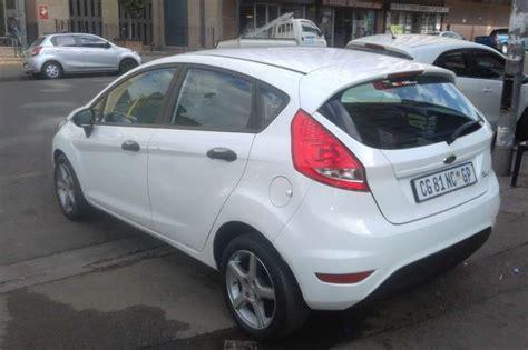 2010 Ford Fiesta 1.6 5 Door Ambiente Hatchback ( Petrol