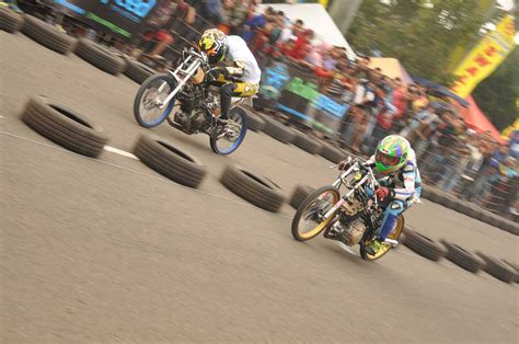Foto Motor Drag Gila by Foto Sepeda Motor Drag Racing Motorwallpapers Org