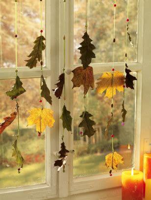 Fenster Blätter by Bl 228 Tter Fensterschmuck Herbst Und