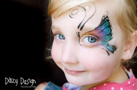 amazing photographs  butterfly face painting  daizy