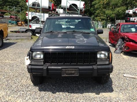 jeep police package 1996 jeep cherokee transmission transfer case assembly