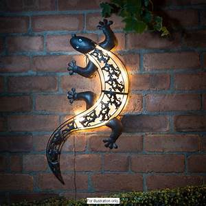 Garden solar light gecko wall art new