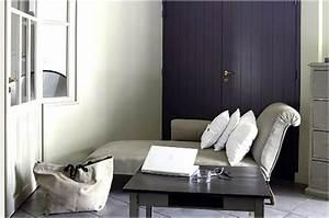 Association Couleur Gris : associer la couleur violet dans la chambre le salon la cuisine ~ Melissatoandfro.com Idées de Décoration