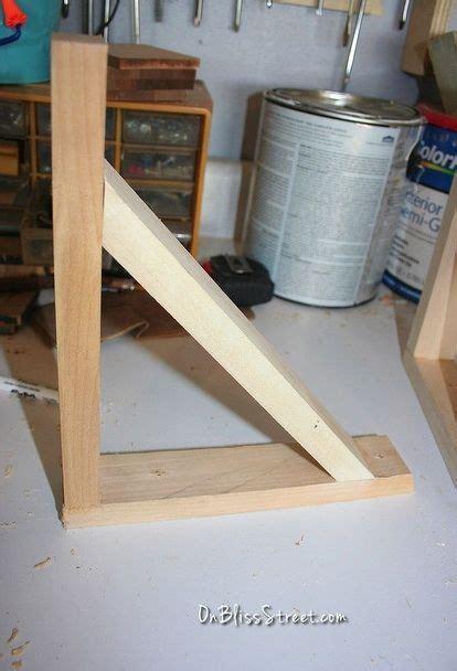 build  simple shelf bracket   space