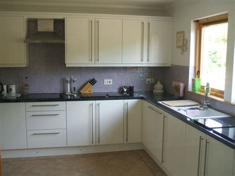 Kitchen Tiling  Aberdeen Renovations Ltd