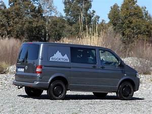 Volkswagen Transporter Combi : vw transporter evolution how one brand of wagon ruled the world influx ~ Gottalentnigeria.com Avis de Voitures