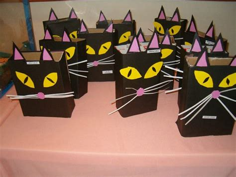 boxes cat crafts preschool  homeschool