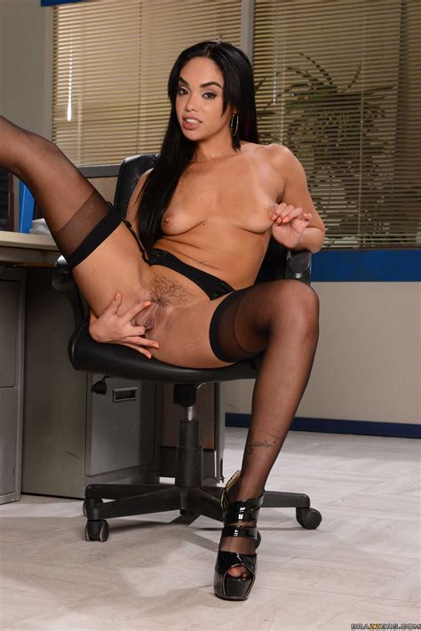 Sexy Secretary Is Being Very Naughty Photos Danny D
