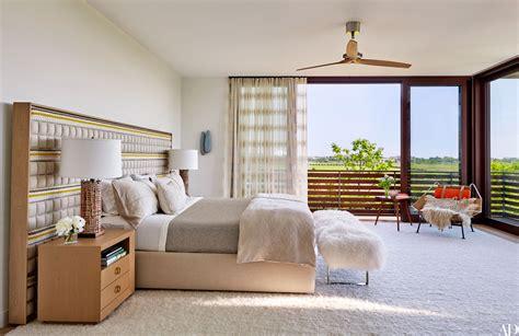 decorate  beach house bedroom