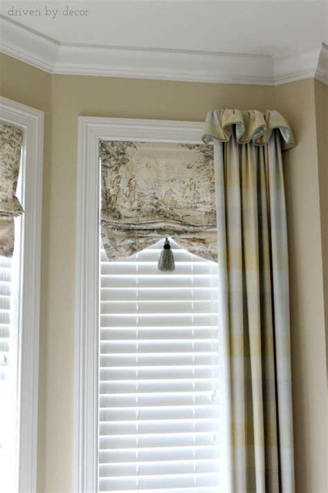 25 best ideas about bay window treatments on