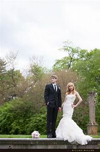 Alex olya39s spring romance cuneo mansion and gardens for Affordable wedding photography milwaukee