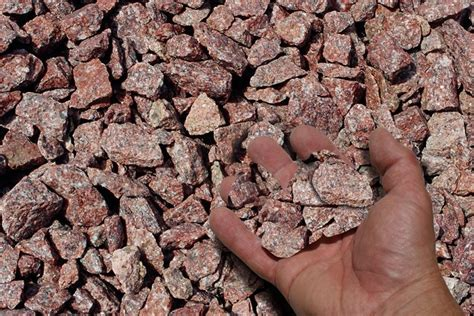 using stones as mulch 28 images landscape mulch stones benson stone creating a mulch and
