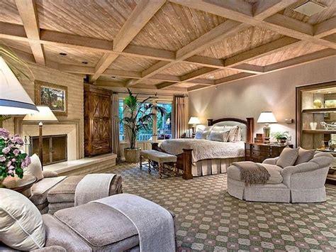 Luxurious Master Bedrooms Photos 20 Amazing Luxury Master Bedroom Design Ideas