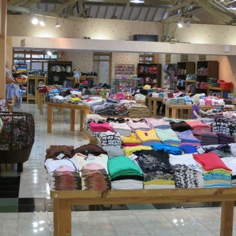 Ferry Outlet Bandung by Bandung Guided Shopping Tour
