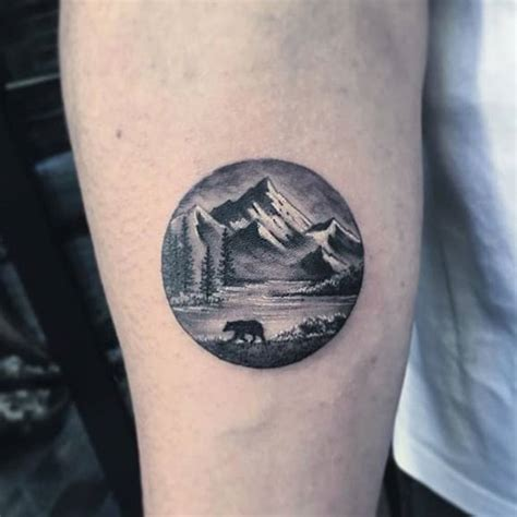 landscape circle on the right inner forearm
