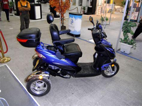 dz autos made in algeria un scooter pour handicap 195 169 s