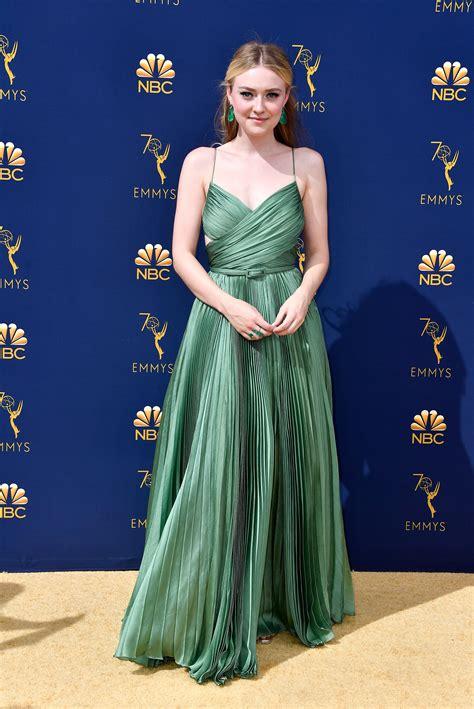 emmy awards    celebrity red carpet arrival