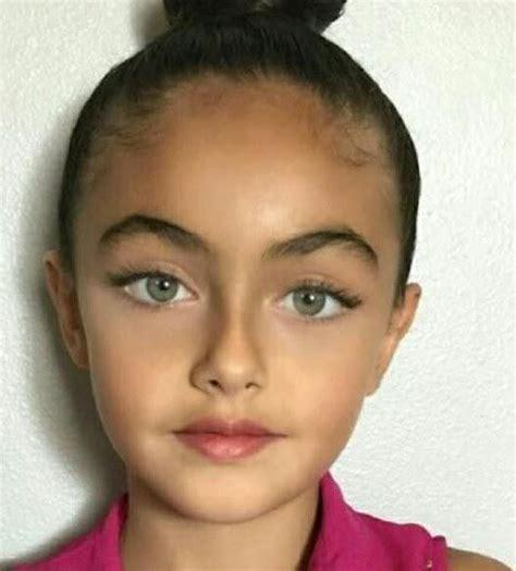 Persian Girl Western Asia Beauty 顔 美しい 人物