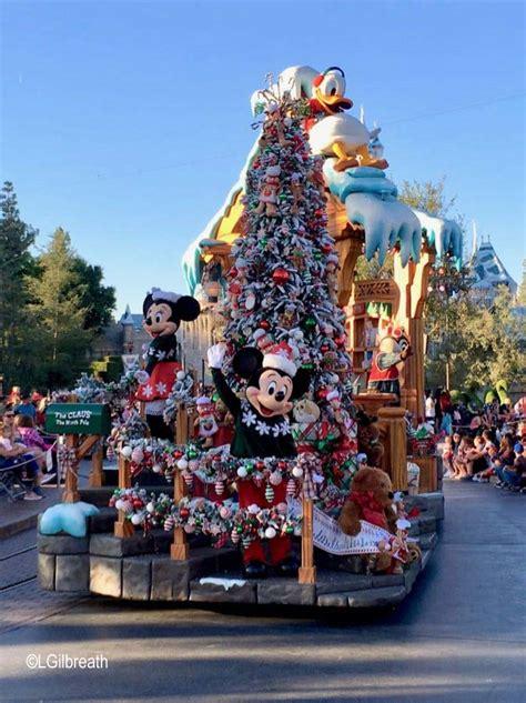christmas fantasy parade  disneyland allearsnet