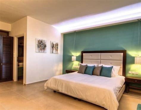 Accent Wall Bedroom Ideas by How To Add Appeal To Your Home With Accent Walls
