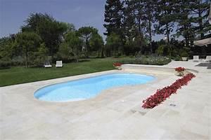 decoration couverture piscine haricot 98 clermont With plan de bassin de jardin 17 piscine haricot