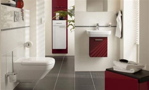 ideas for decorating with burgundy and white tiles also
